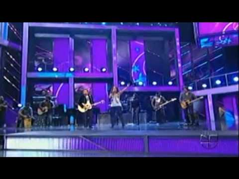 LATIN GRAMMY 2009-ALEJANDRO SANZ Y ALICIA KEYS(HD) LOOKING FOR PARADISSE