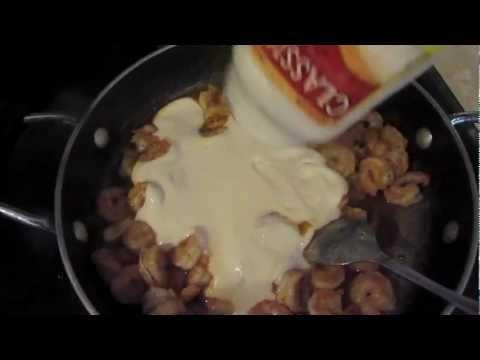 Shrimp Pasta  With Creamy Alfredo Sauce
