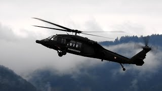 Sikorsky S-70 BLACK HAWK | Helicopter show | Airpower airshow