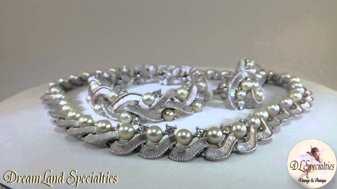 Trifari Vintage Jewelry Set Pearls Swarvoski Crystal Rhinestones