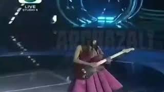 SPEKTAKULER!!! Rara Menyanyikan lagu judi di konser liga dangdut Indonesia 2