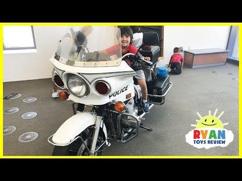 CHILDREN'S MUSEUM Pretend Play Indoor Play Area for kids
