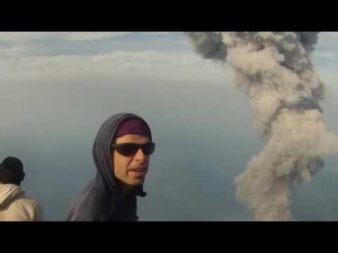 Volcan Santa Maria y Sanguitito Eruption