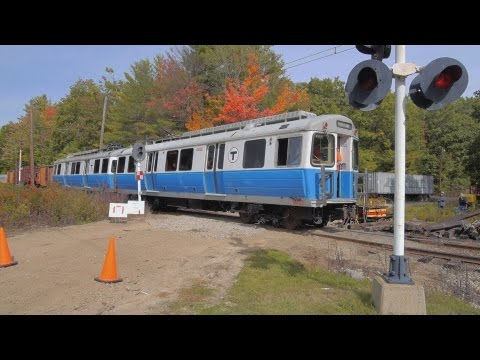 MBTA Blue Line Cars @ RR Xing