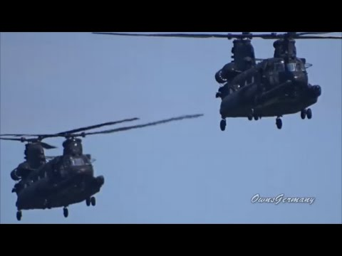 2 Chinook Helicopters Rumble on a Low Pass Flyby @ KPAE Paine Field