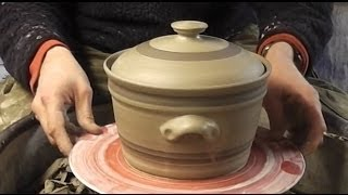 How to throw / make a Pottery Casserole & lid on the wheel