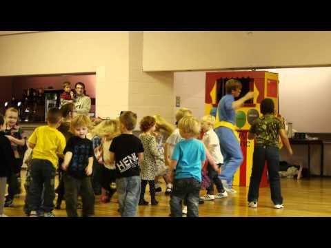 Dance Along With Captain Fantastic Childrens Entertainer