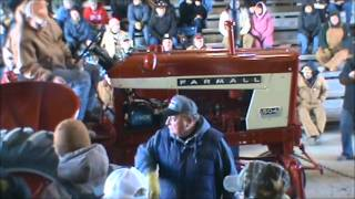 IH 504 high crop sold for $7,500 - Polk Auction Results