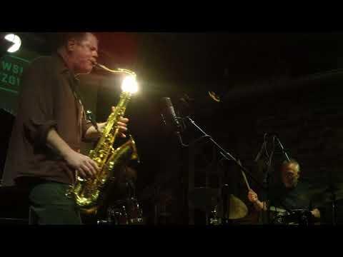 Hamid Drake / Eddie Prévost / Ken Vandermark feat. Joe Mc Phee - footage by MuzicaDeVest.ro.