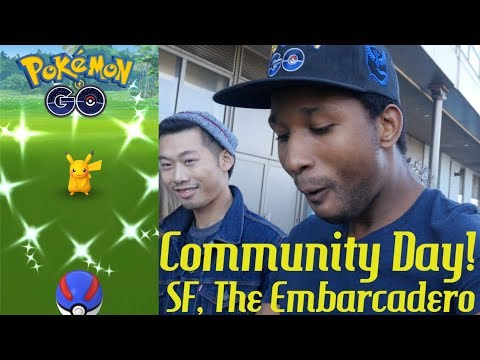HUNTING SHINY SURF PIKACHU IN SAN FRANCISCO! - COMMUNITY DAY - Pokemon GO with Poketwon 34