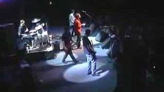 Guided By Voices - Tractor Rape Chain (live)