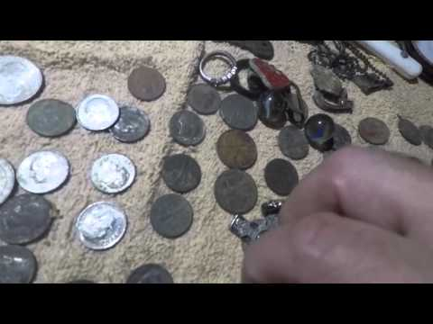 Silver coin 32 making 38 total silvers fty compass, cross pendant...