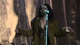rihanna love on the brain live anti world tour jacksonville