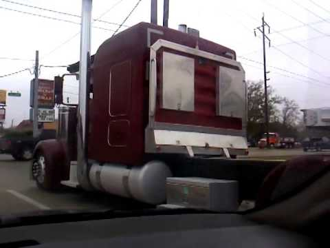 TMC Trucking Kenworth W900l - YouTube