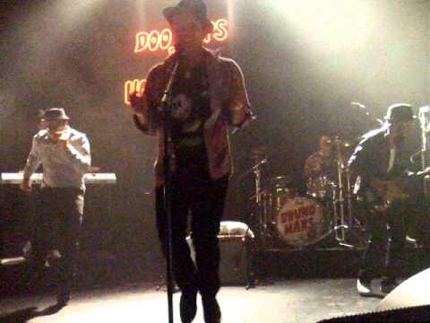 Bruno Mars  DANCING *die*  Doowops & Hooligans Tour  KoKo 130311