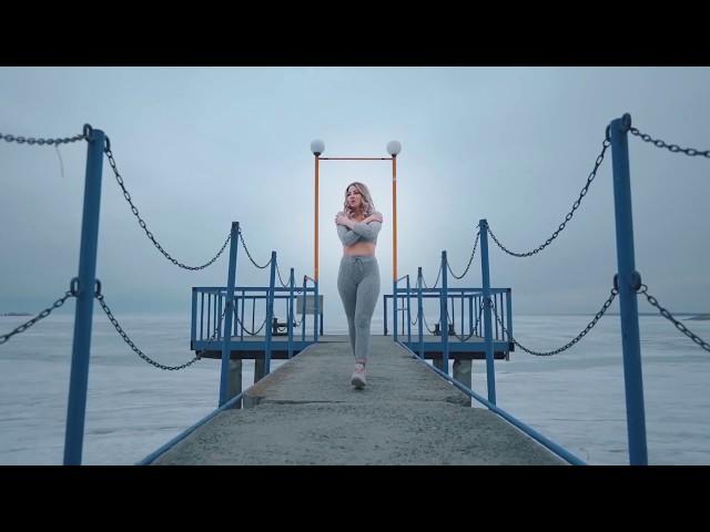 O-Zone - Dragostea Din Tei ♫ Shuffle Dance Video
