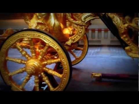 UK London-Golden Royal Coronation Carriage At  The Royal Mews