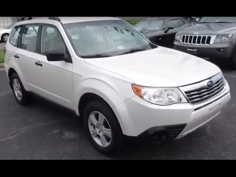 2010 Subaru Forester 2.5x Walkaround, Start up, Tour and Overview