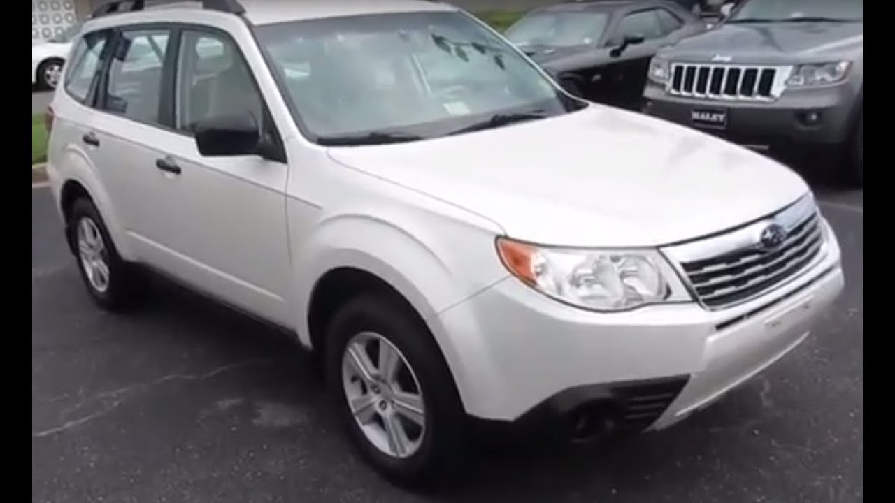 2010 Subaru Forester 2.5x Walkaround, Start up, Tour and Overview ...