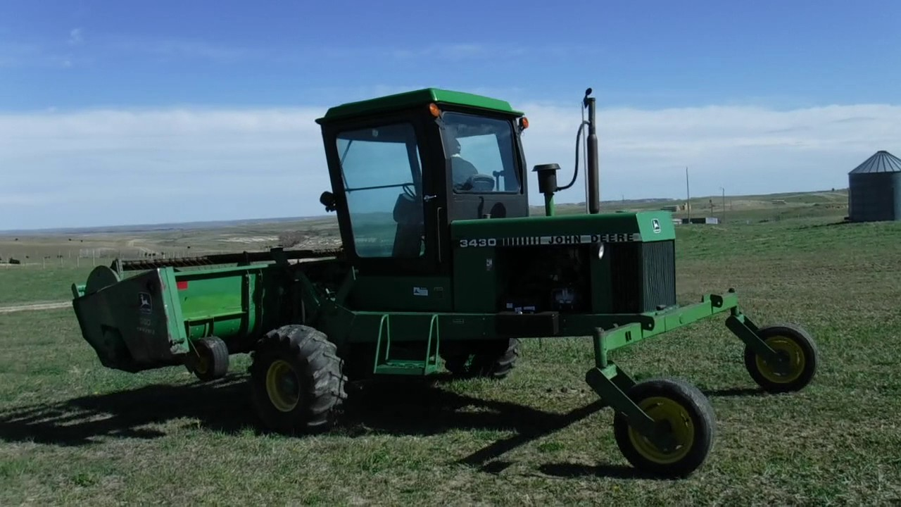 John deere 2320 swather manual swather ritchiewiki array john deere 3430 self propelled windrower youtube rh youtube com fandeluxe Image collections