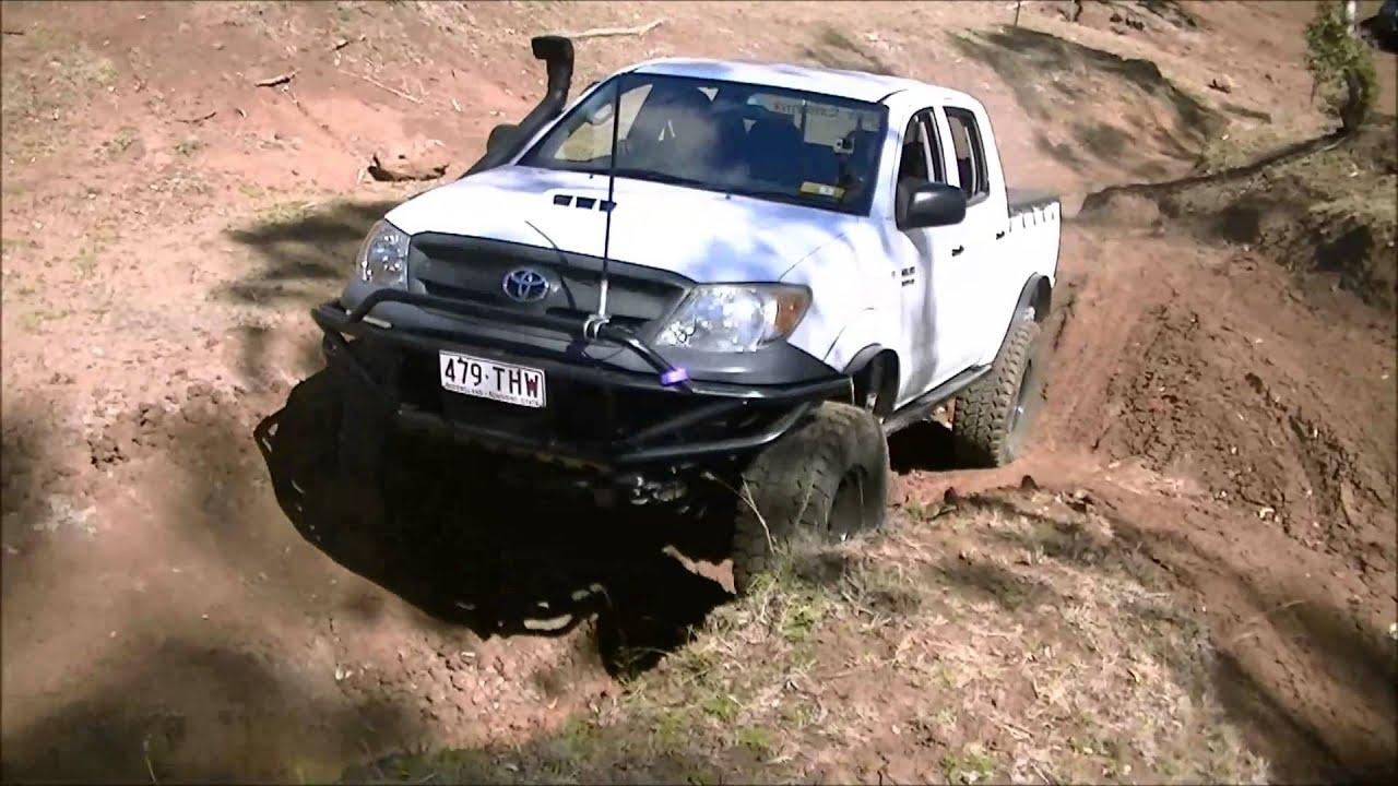 N70 Toyota Hilux Janowen Hills 4x4 Park