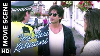 Shahid is a mobile thief | Teri Meri Kahaani | Movie Scene.mp3