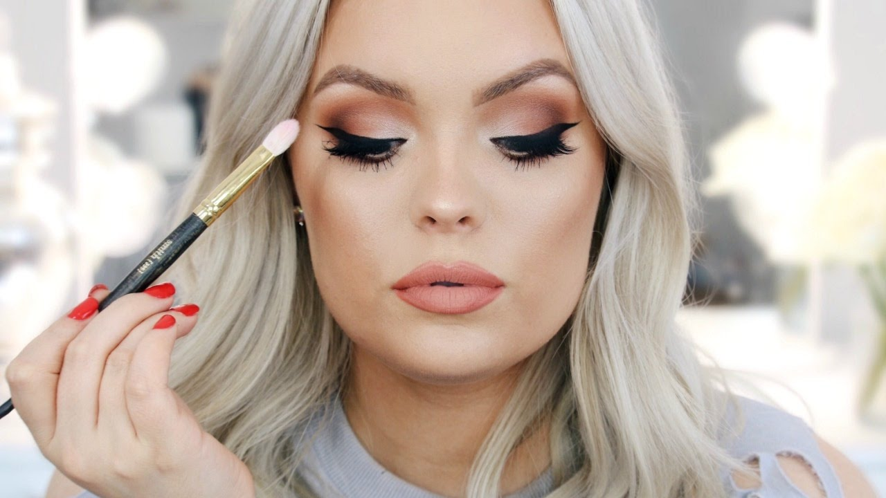 How To Apply Eyeshadow - Hacks, Tips & Tricks for Beginners! #1
