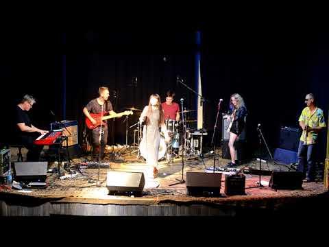 TikTak (live) - Ania Szlagowska Band