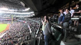 Американцы поют гимн на бейсболе