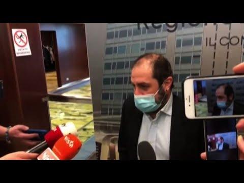 Regione Lombardia, Usuelli chiede i dati in ginocchio: espulso