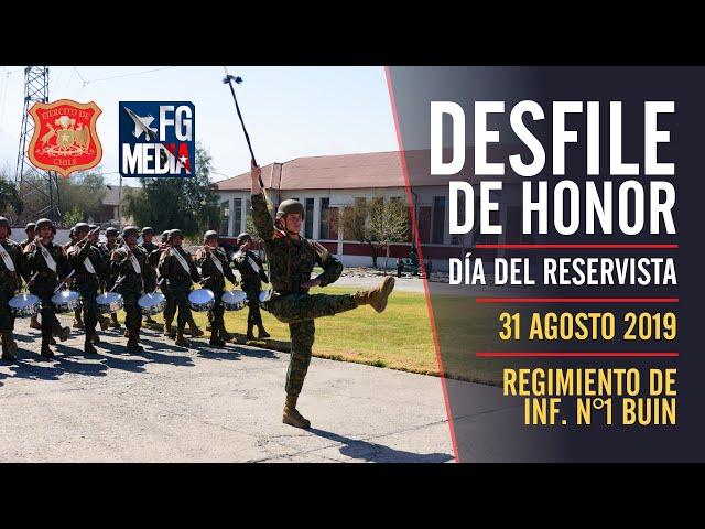Desfile de honor: Día del Reservista en el Regimiento N°1