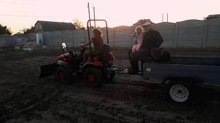 ДАМА ЗА РУЛЕМ))) мини-трактор Беларус-152