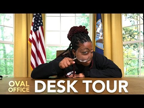 The Ultimate Desk Tour 2016 - Oval Office Edition