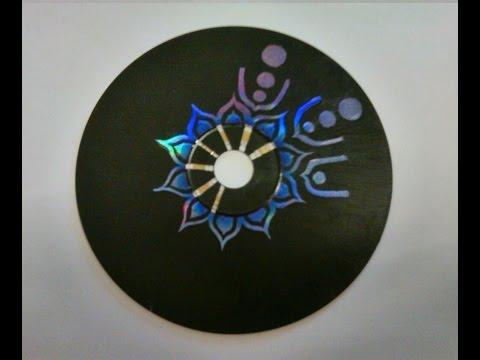 DIY: Wand Kunst von alte CDs
