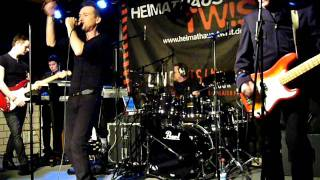 XSM (Ex Simple Minds) - New Gold Dream (81-82-83-84) - live at Heimathaus, Twist, Germany (1-2-2012)