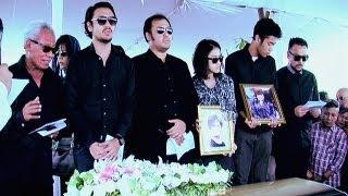 Duka Mendalam Mengiringi Pemakaman Penyanyi Diana Nasution - Intens 7 Oktober 2013