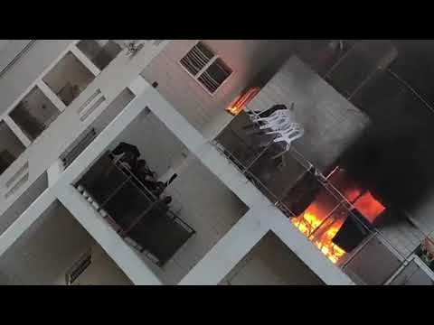 deadly-fire-in-beersheba-young-girl-jumps-to-safety-from-balcony