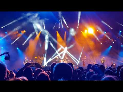 Runrig the last dance  Skye clip @Stirling Castle 17th August 2018