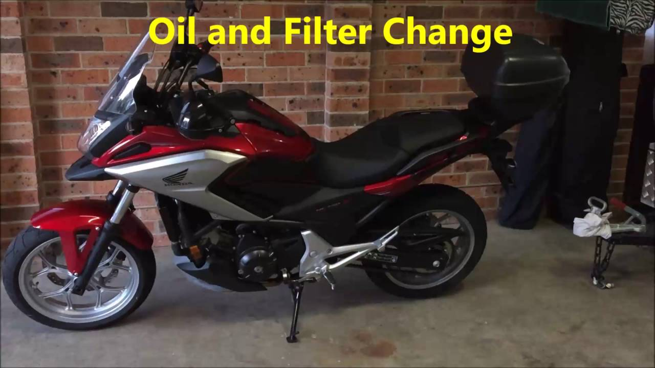 Honda Nc750x Oil And Filter Change Youtube