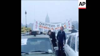 UPITN 17/1/80 TAXI DRIVER PROTEST OVER FUEL PRICE RISES