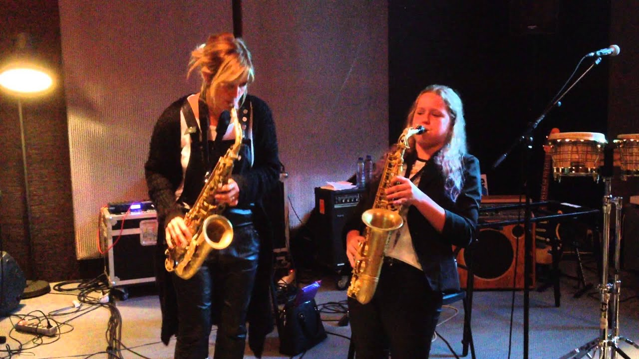 Candy Dulfer En Sendi Wessel Pick Up The Pieces Youtube