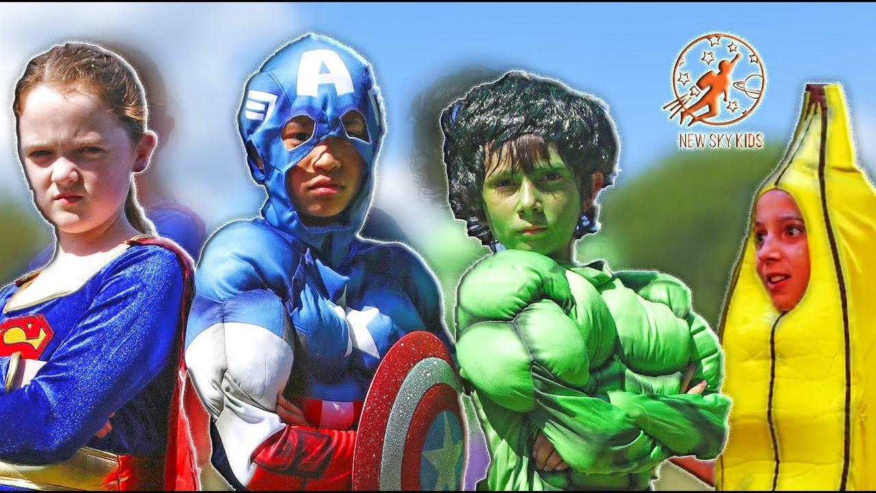 little superheroes 3 mission bananas with spiderman captain america supergirl and hulk. Black Bedroom Furniture Sets. Home Design Ideas
