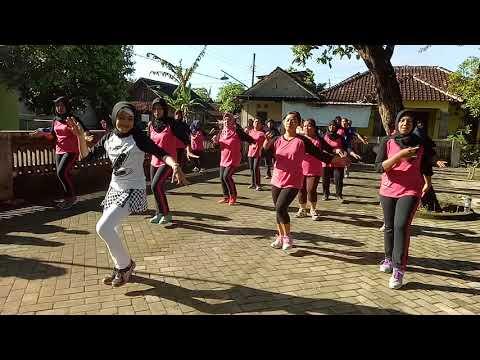 goyang kreasi Janda Bodong bersama Bunda Estik #Klub Senam Sumekar #