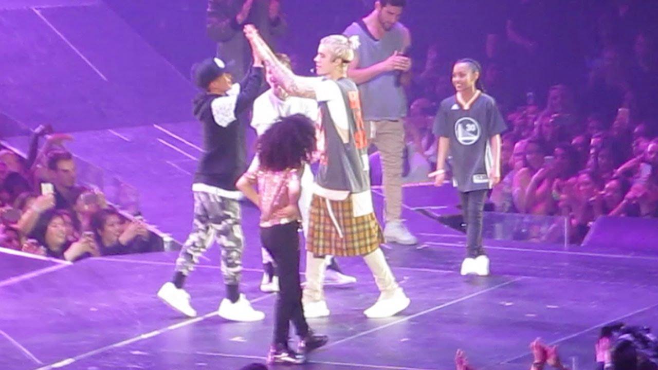 "Download 03.18.16   Justin Bieber ""CHILDREN"" (Oakland, CA)"