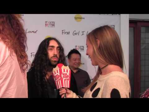 """Mateo Arias """"First Girl I Loved"""" Premiere"""