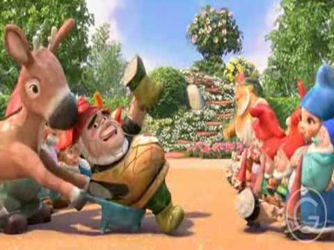 who plays gnomeo in gnomeo and juliet