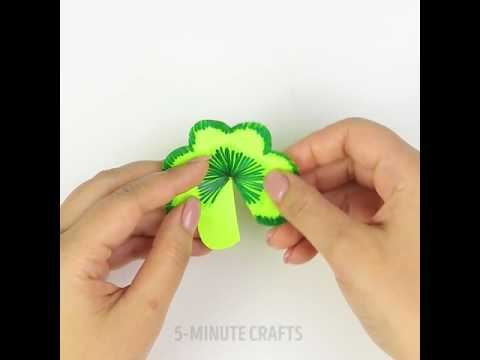 Bright Side   How to make a gorgeous 3D flower pop up card 😍🌸