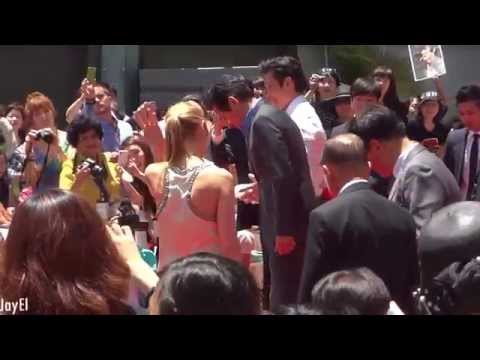 Lee Byung Hun & Ahn Sung Ki Hand & Footprint Ceremony   Grauman's Chinese Theatre