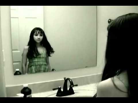 Video qui fait tres peur youtube for Fantome dans un miroir