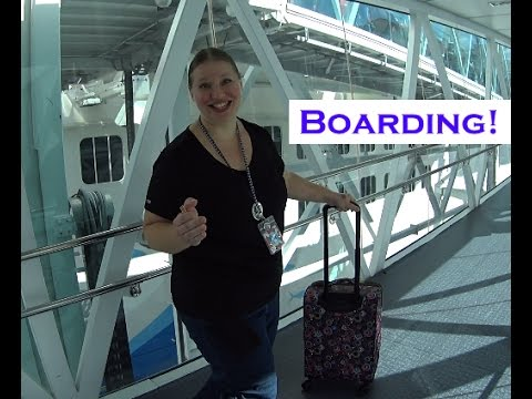 Boarding the Norwegian Escape - Sea Cruisers Group Cruise! [VLOG ep3]
